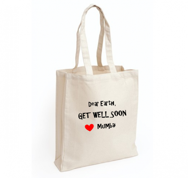 Corporate Merchandise: Logo printing on promotional cloth bags for your clients and event attendees